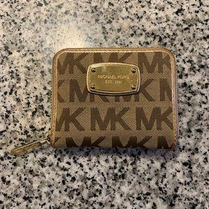 🎉5 for $25🎉 Michael Kors Wallet